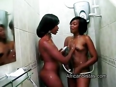 arse maxi helps afro gf sajeda to wash her sexy