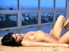 lesbo seduction...f26