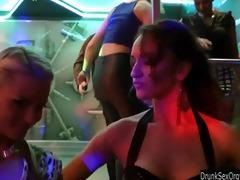 ambisexual club chicks having joy
