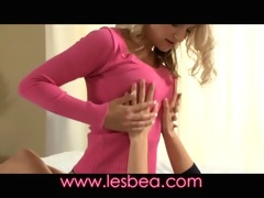 lesbea mother i seduces legal age teenager
