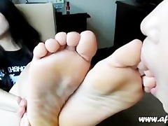 very worthy oriental toe engulfing