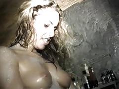 lesbo hawt tub