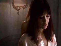 vampire hunter acquires a lesbo massage