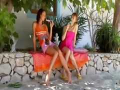 russian lesbo girls toying