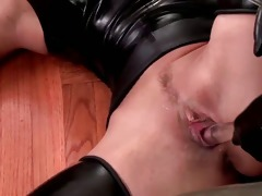 perverted babe in latex clotn engulfing part8