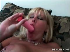 hawt lesbian scene with big beautiful woman blond