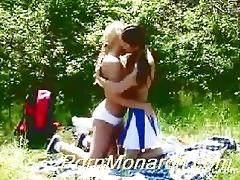 real giving a kiss teenies