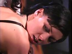 dominatrix-bitch ho drubbing hot gimp